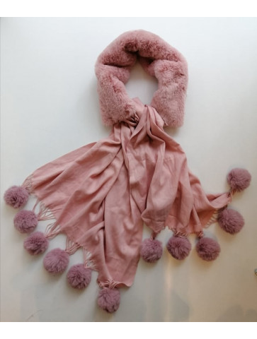 Pink soft scarf with tassels