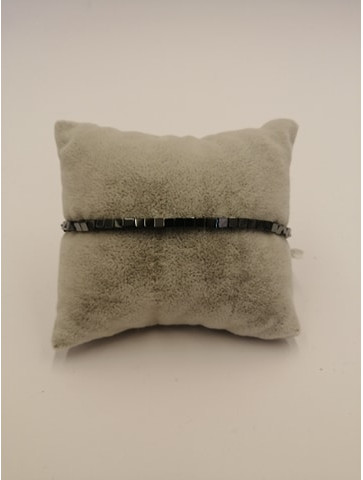 Cubes hematite bracelet