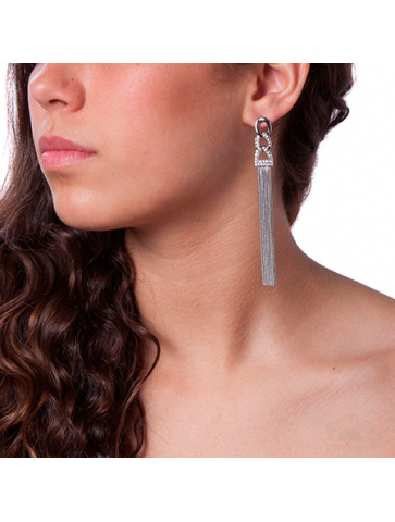 Earring with hematite chains
