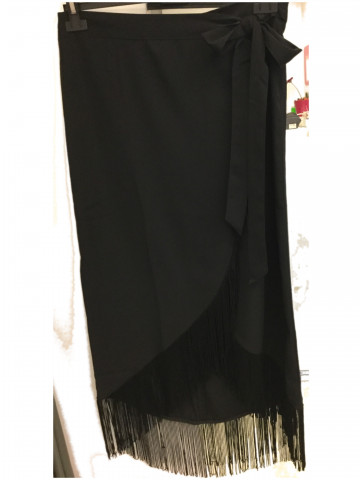 Black skirt with fringes